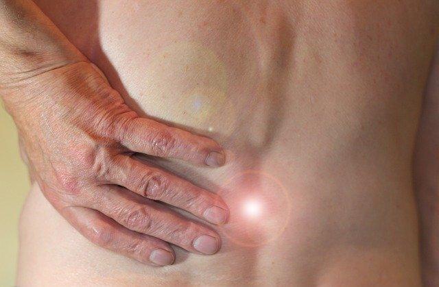Massagepistole Rückenschmerzen